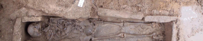 Typo-chronologies des tombes à inhumation